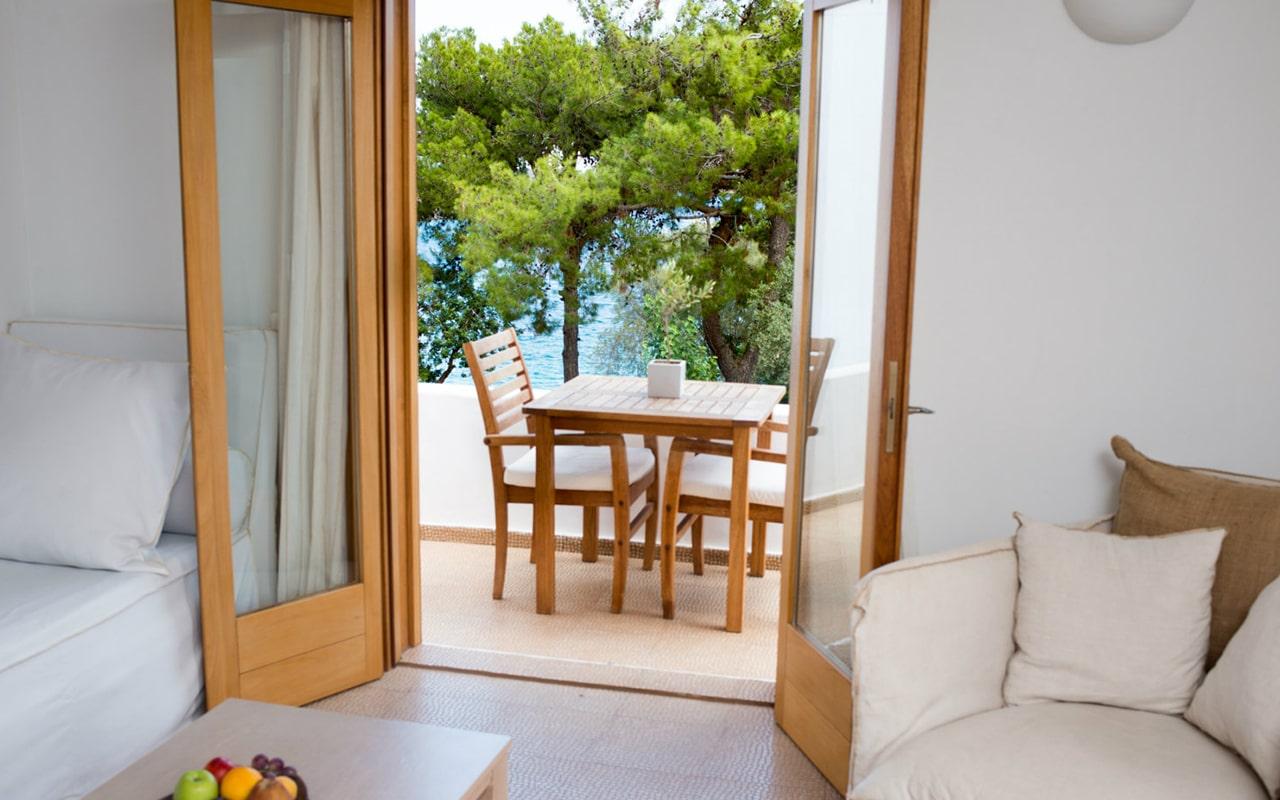 Minos Beach Art Hotel (5)