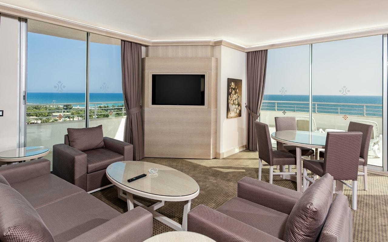 Miracle Resort Hotel (69)