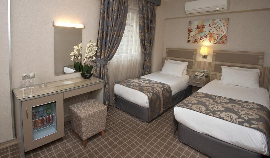 Nanda Hotel (15)