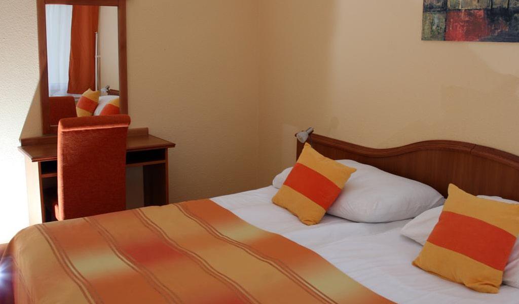 Napsugar Hotel (8)