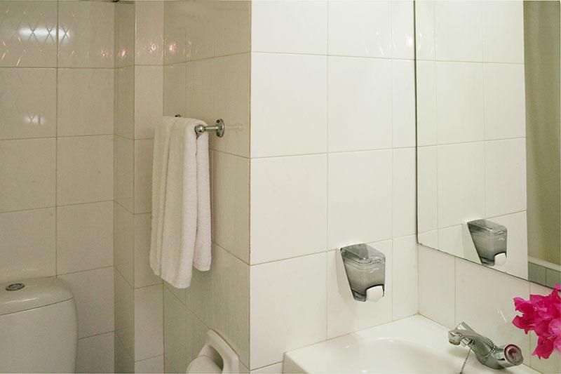 Navarria Hotel - standard2