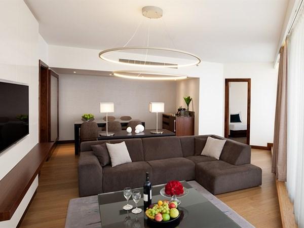 New Royal Suite