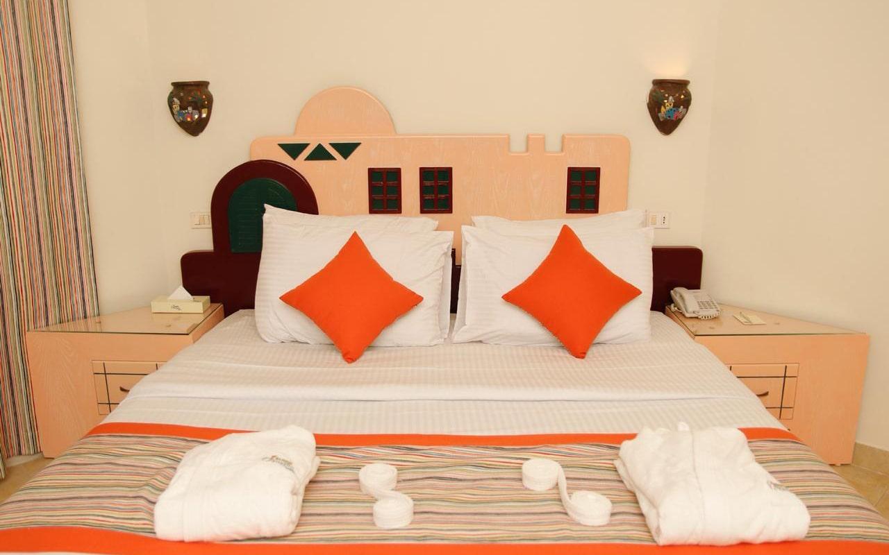 Nubian-Island_Bungalow-Room-(3)-min