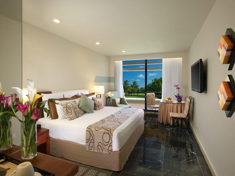 Oasis Cancun (33)