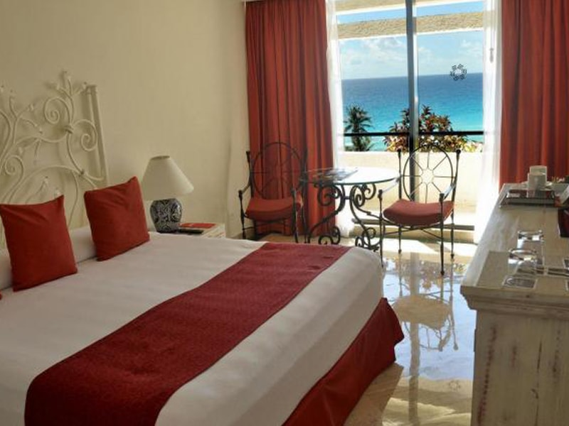 Oasis Cancun (34)