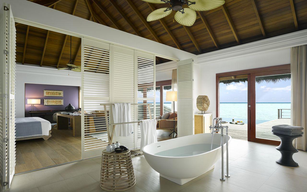 Ocean Villa with Pool - Bathroom