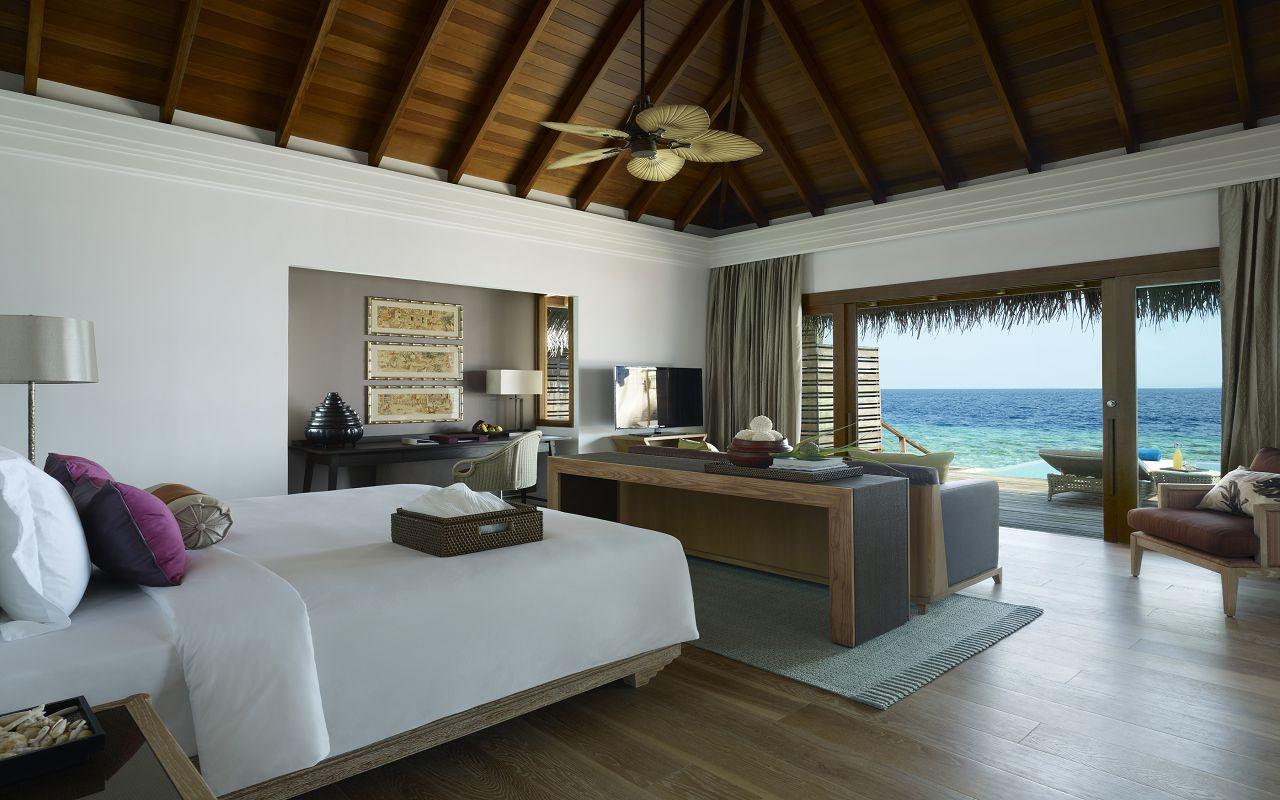 Ocean Villa with Pool - Bedroom II