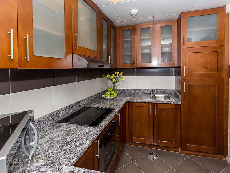 One Bedroom Apartment Creek Side12