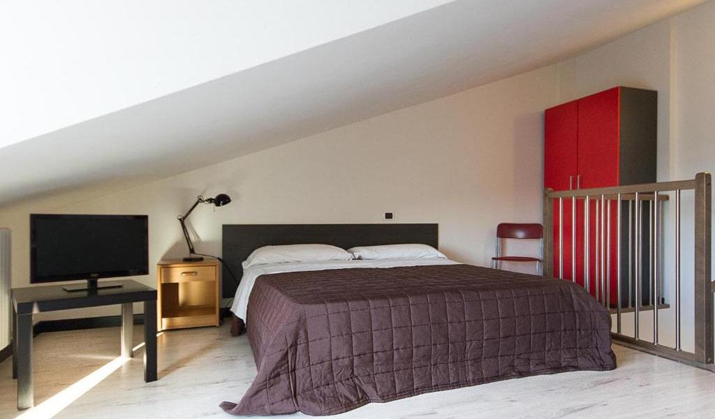 One-Bedroom-Apartment---Split-Level-2-min