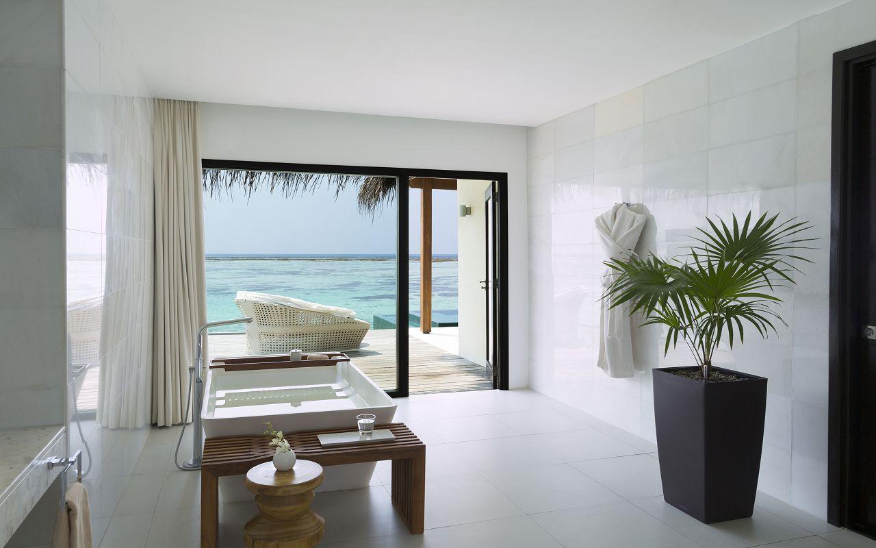 One Bedroom Water Pool Pavilion (1)