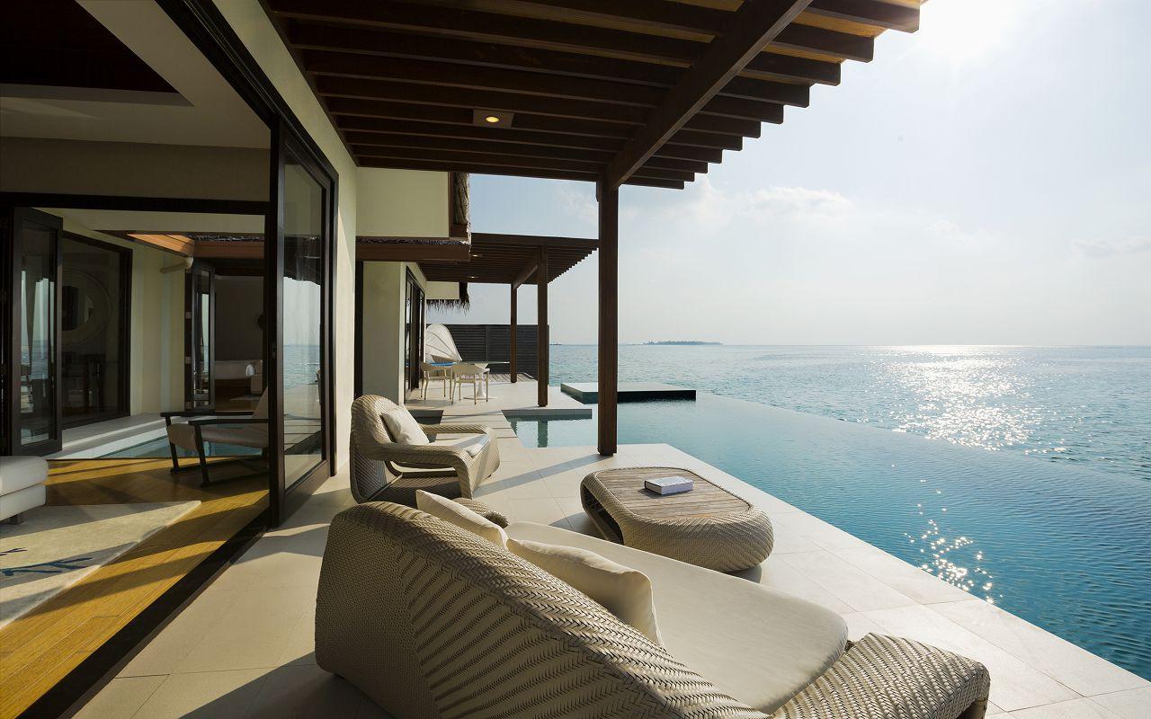 One Bedroom Water Pool Pavilion (4)