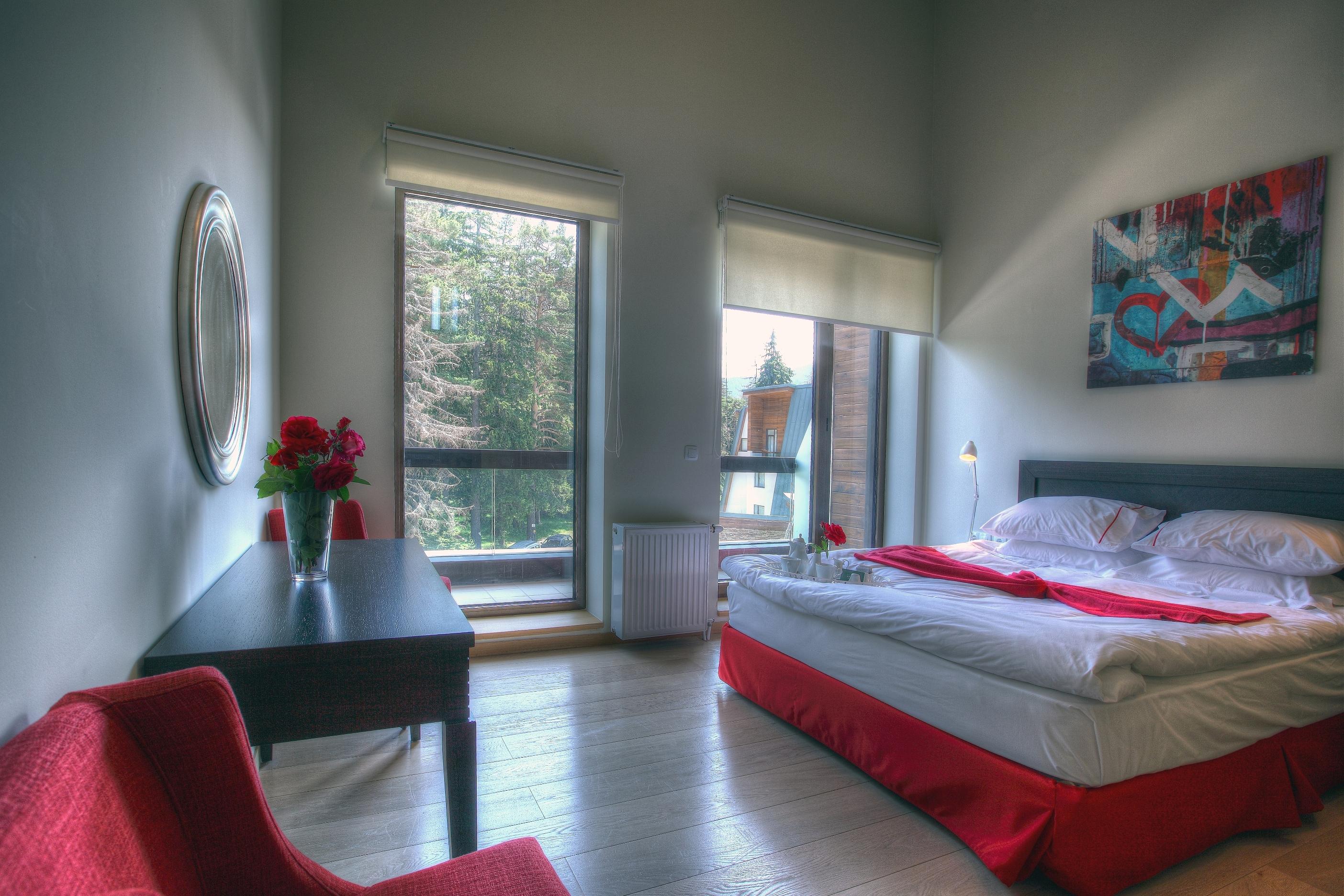 One bedroom suite_bedroom