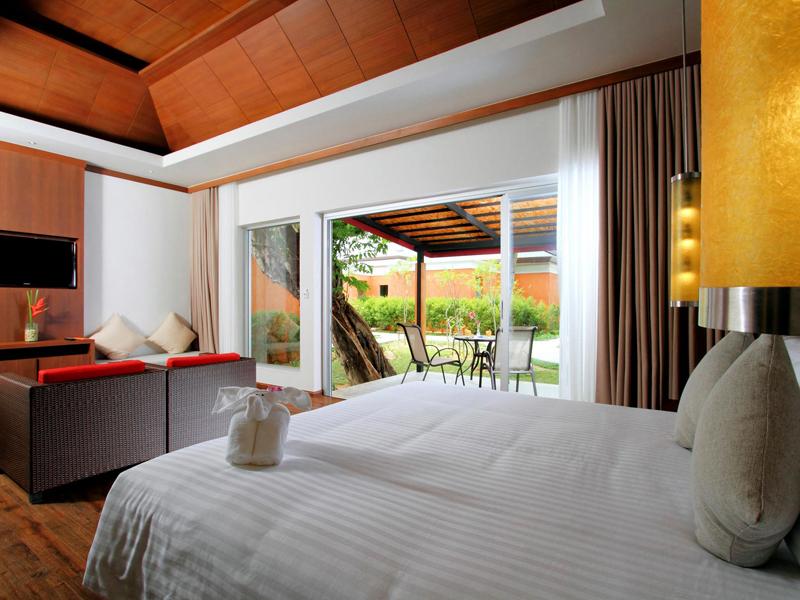 Palm Villa5