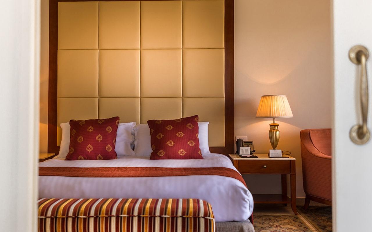 Panorama & Ambassador Suite-min