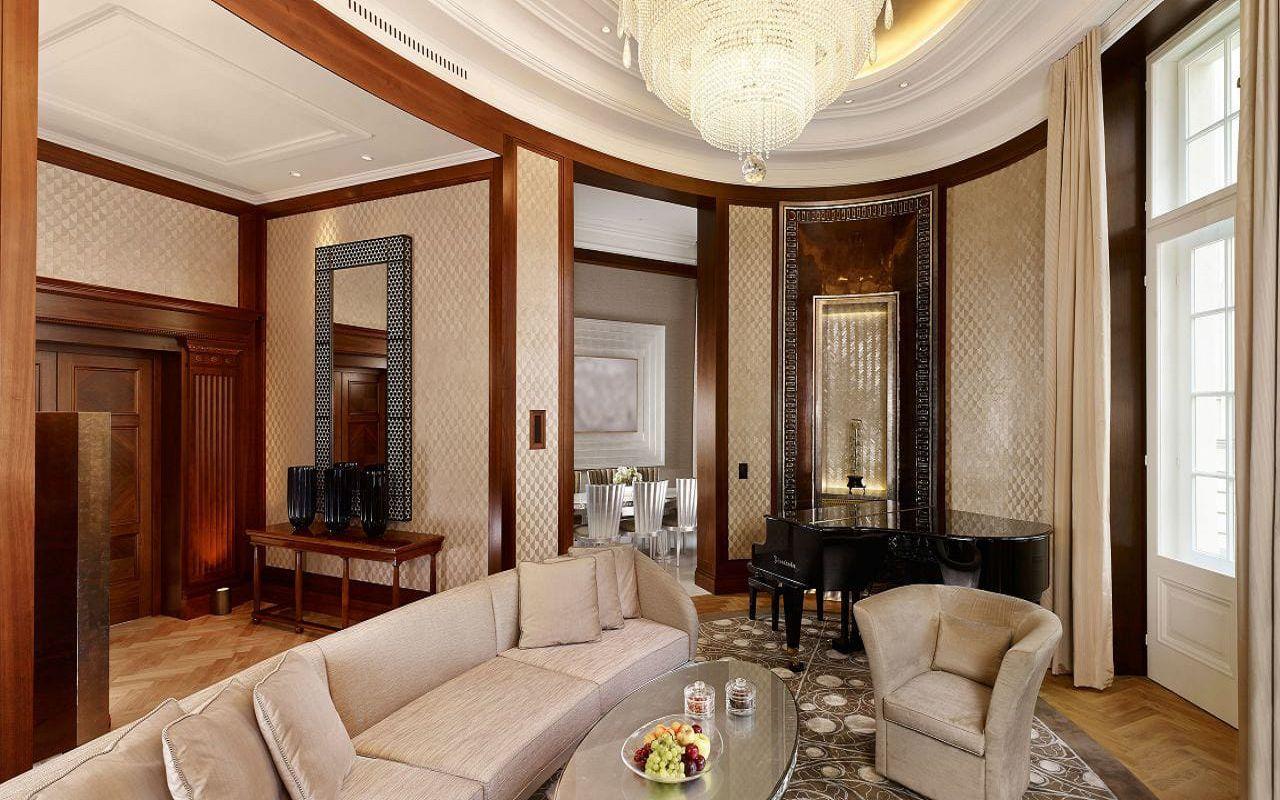 Park-Hyatt-Vienna-P112-Presidential-Suite-Living-Room.16x9.adapt.1280.720