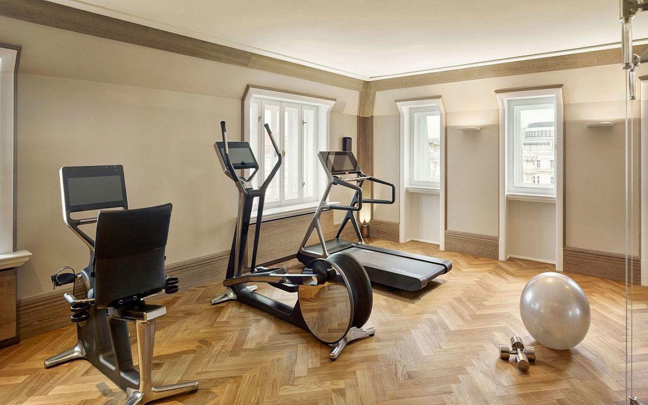 Park-Hyatt-Vienna-P418-Fitness-Room.16x9.adapt.1280.720