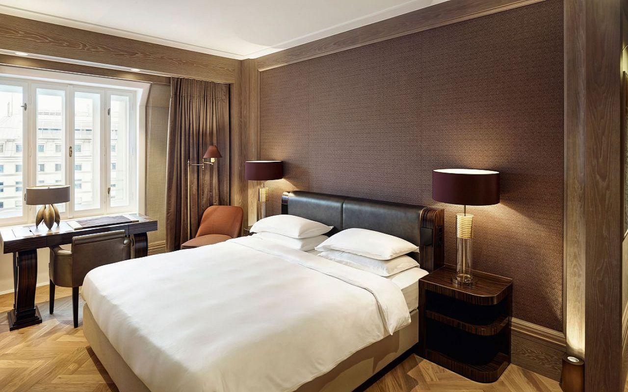 Park-Hyatt-Vienna-P419-Bed.16x9.adapt.1280.720