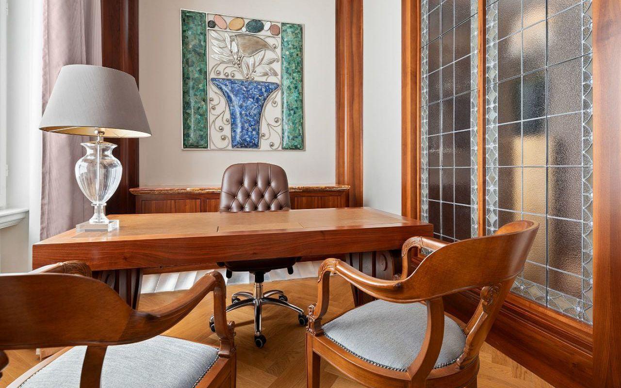 Park-Hyatt-Vienna-P840-Diplomat-Suite-Working-Area.16x9.adapt.1280.720