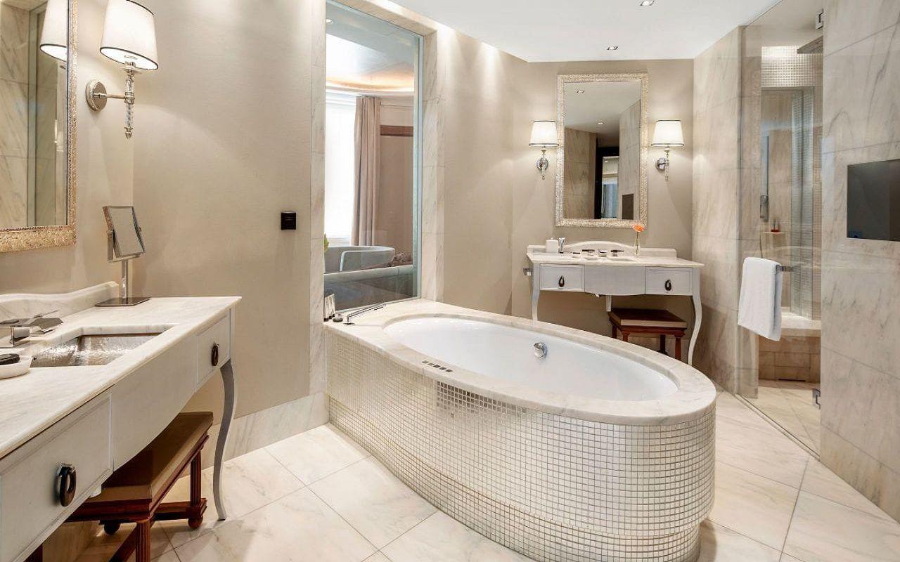 Park-Hyatt-Vienna-P844-Diplomat-Suite-Bathroom.16x9.adapt.1280.720