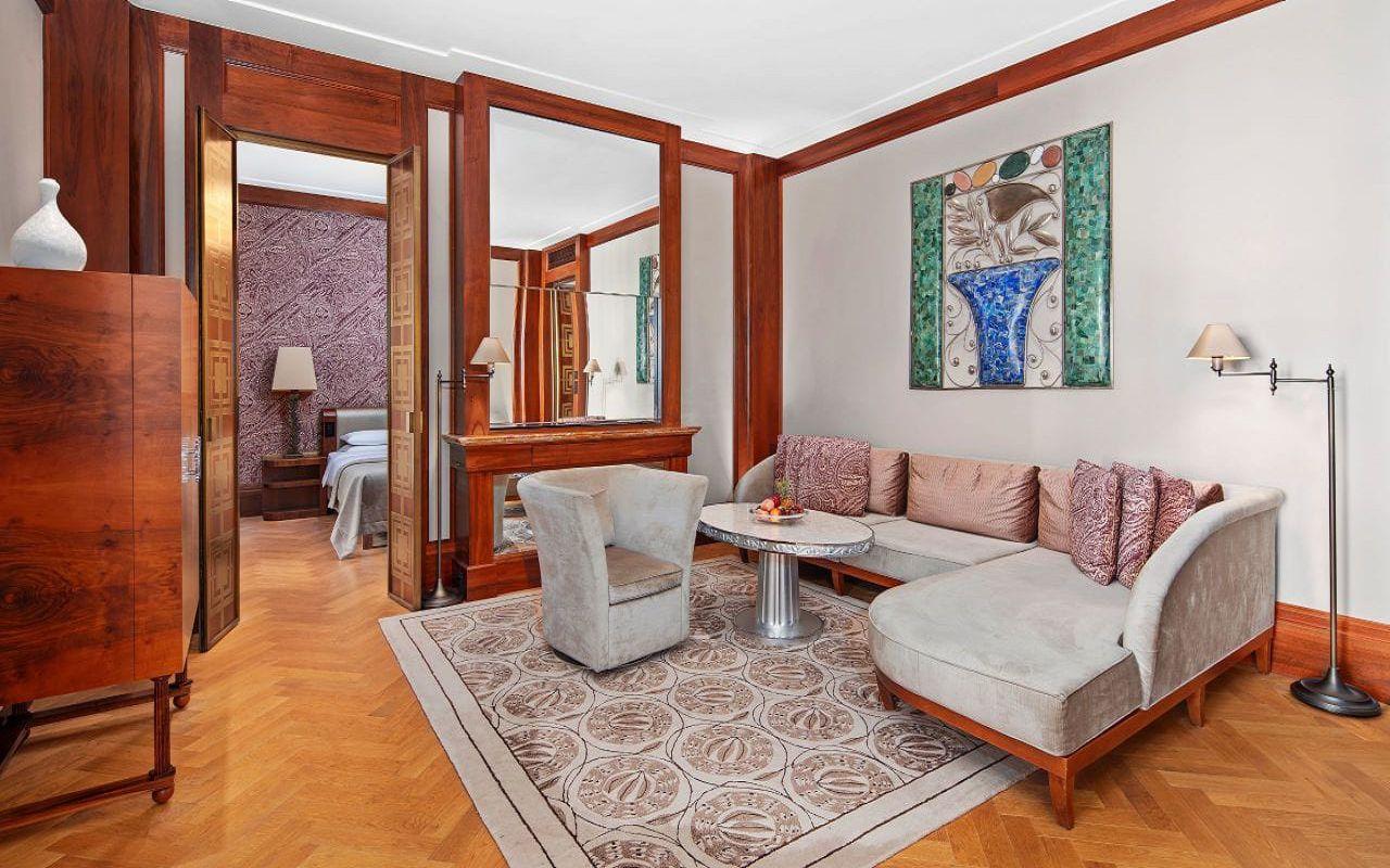 Park-Hyatt-Vienna-P876-Ambassador-Suite-Living-Room.16x9.adapt.1280.720