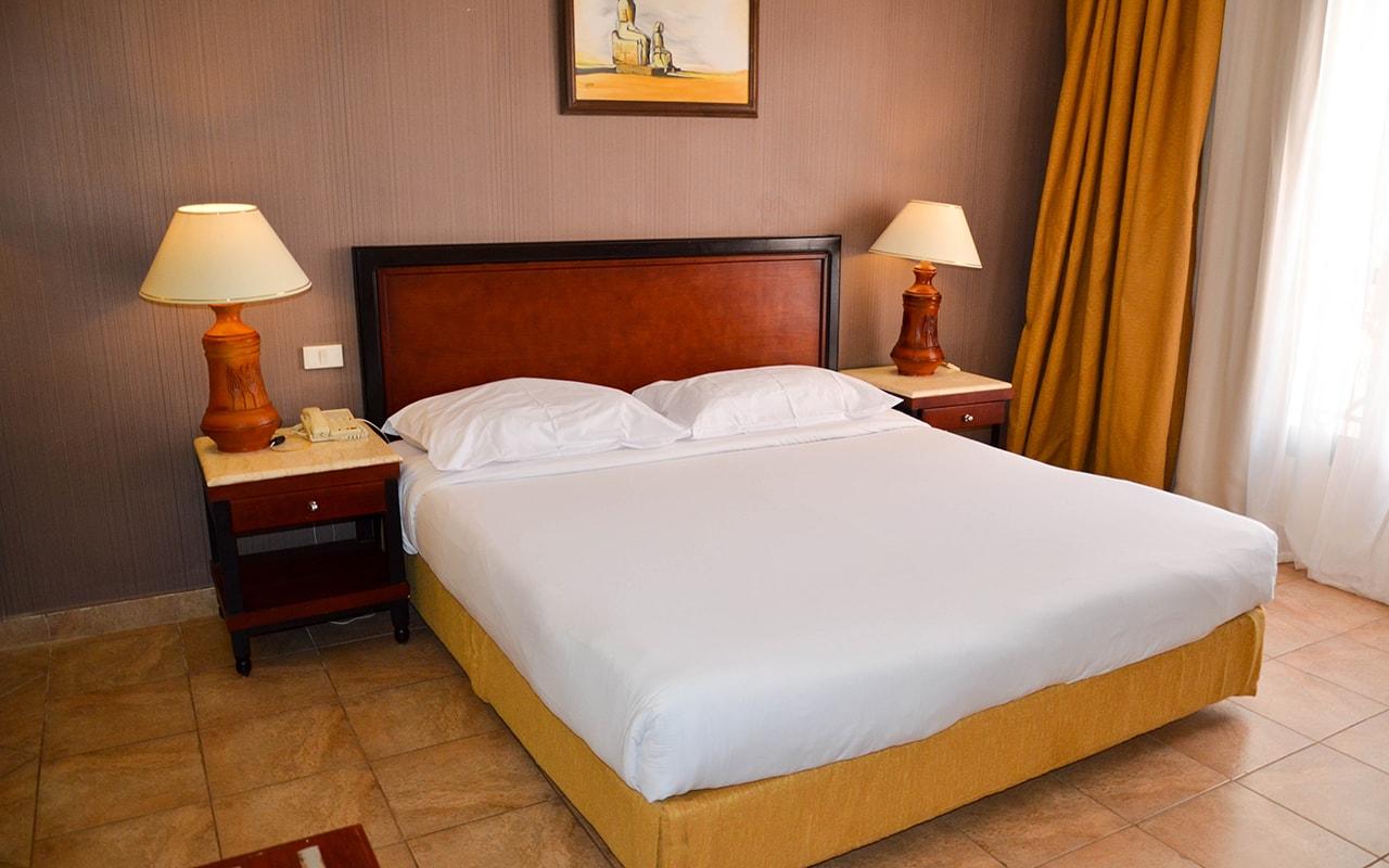 Parrotel Aqua Park Resort_familyroom_13-min