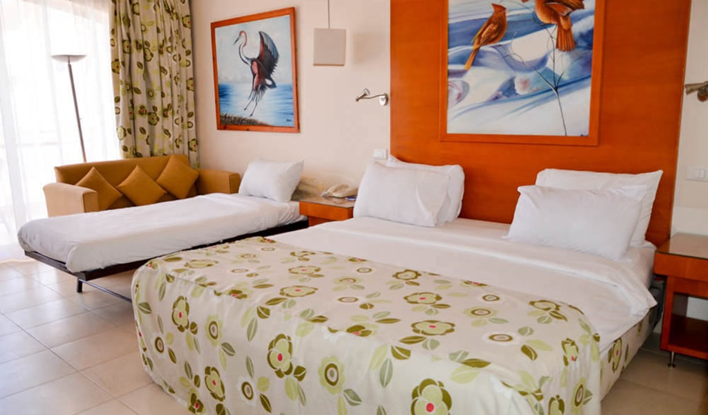 Parrotel Beach resort_seaview_03-min