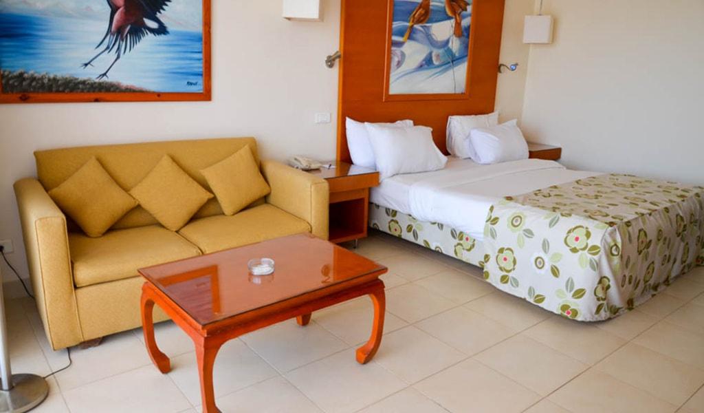 Parrotel Beach resort_standard_10-min