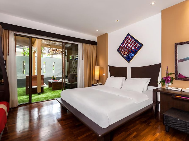Patong Beach Hotel (10)