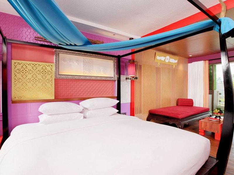Patong Beach Hotel (18)