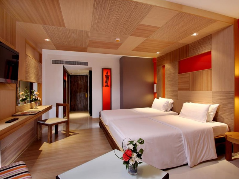 Patong Beach Hotel (26)