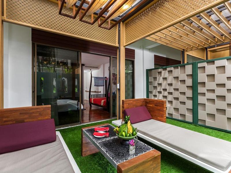 Patong Beach Hotel (9)