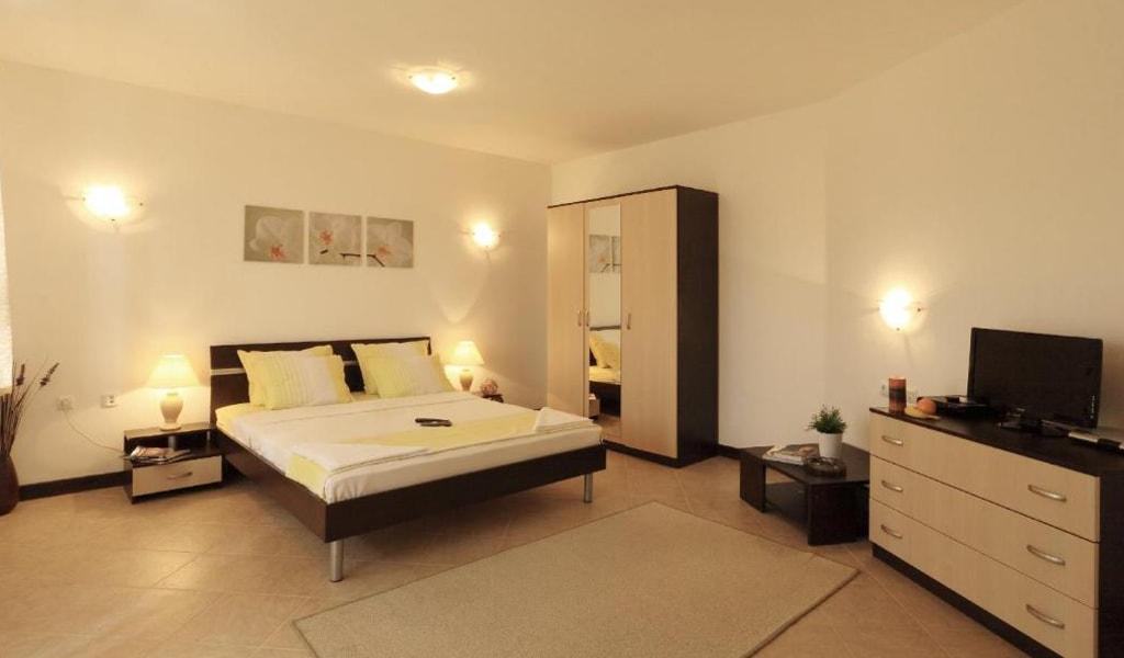 Pearl Apartments (22)