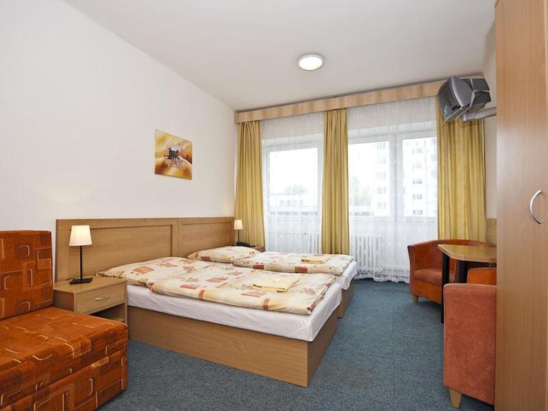 Plus Hotel Bratislava (12)