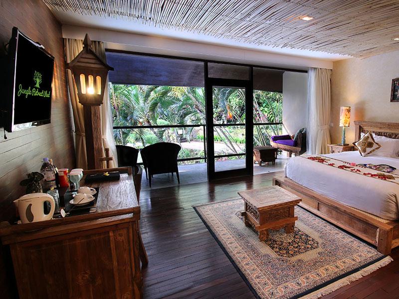 Pool View Suite2