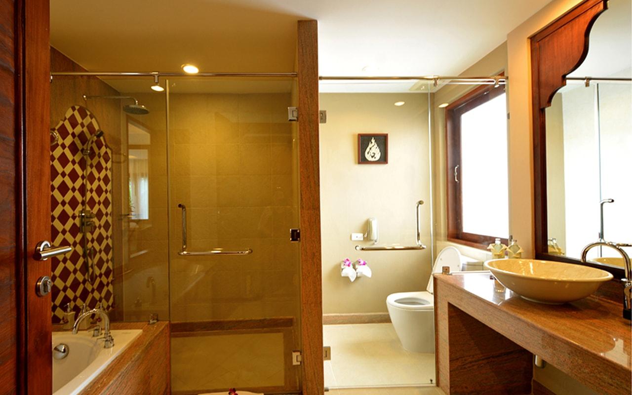 Pool Villa_Bathroom-min