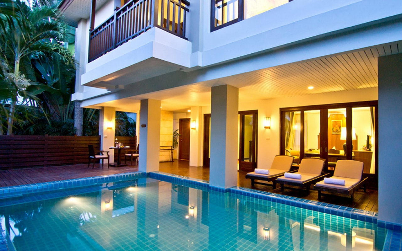 Pool Villa_Exterior @ night 002-min
