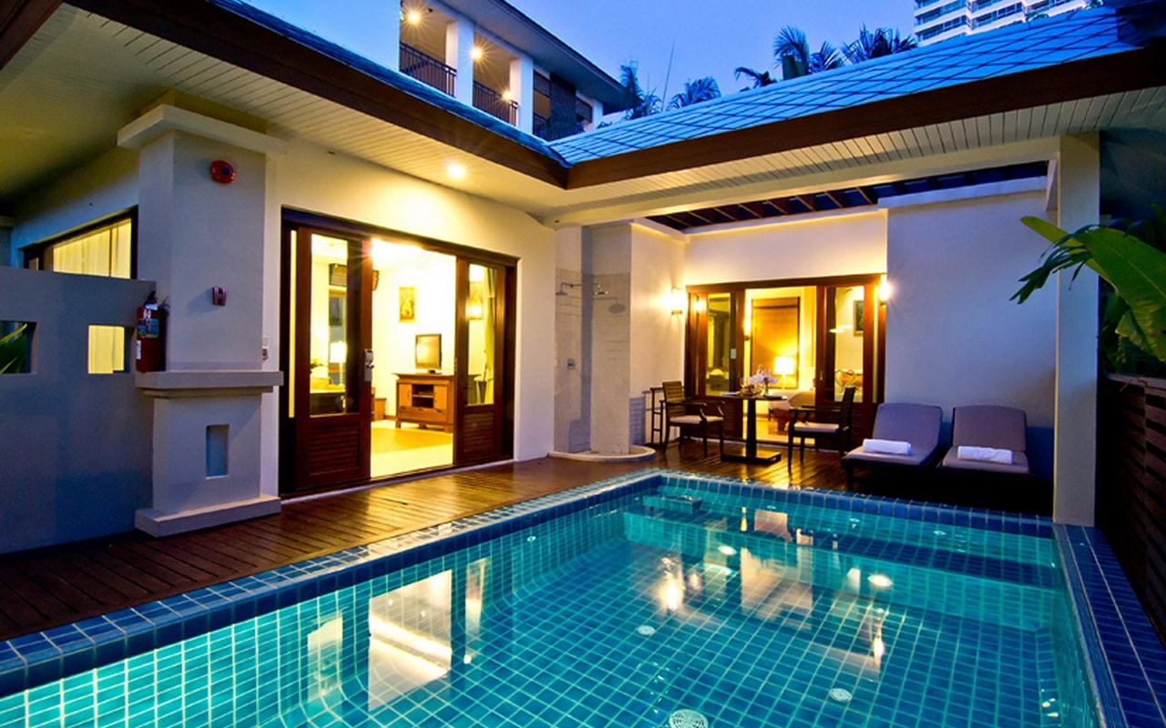 Pool Villa_Pool @ night 001-min
