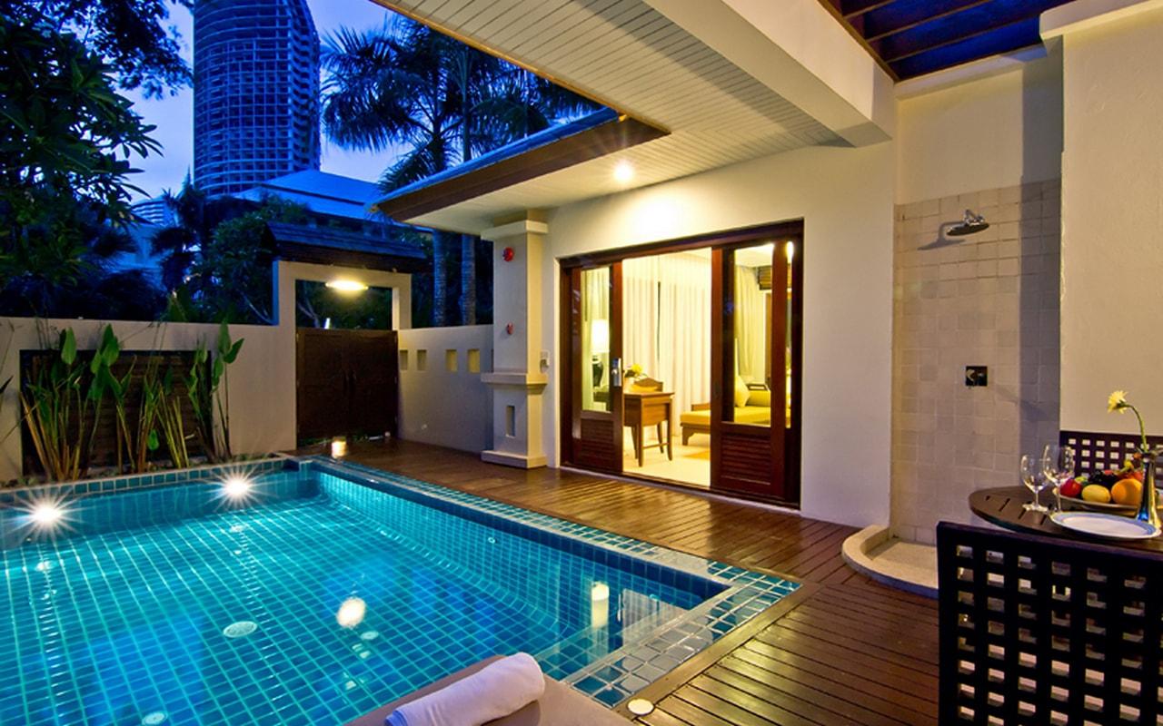 Pool Villa_Pool @ night 002-min