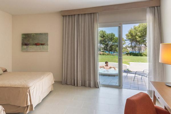 Pool Villas and Jacuzzi Villas5