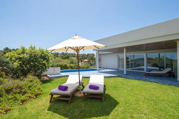 Pool Villas and Jacuzzi Villas9