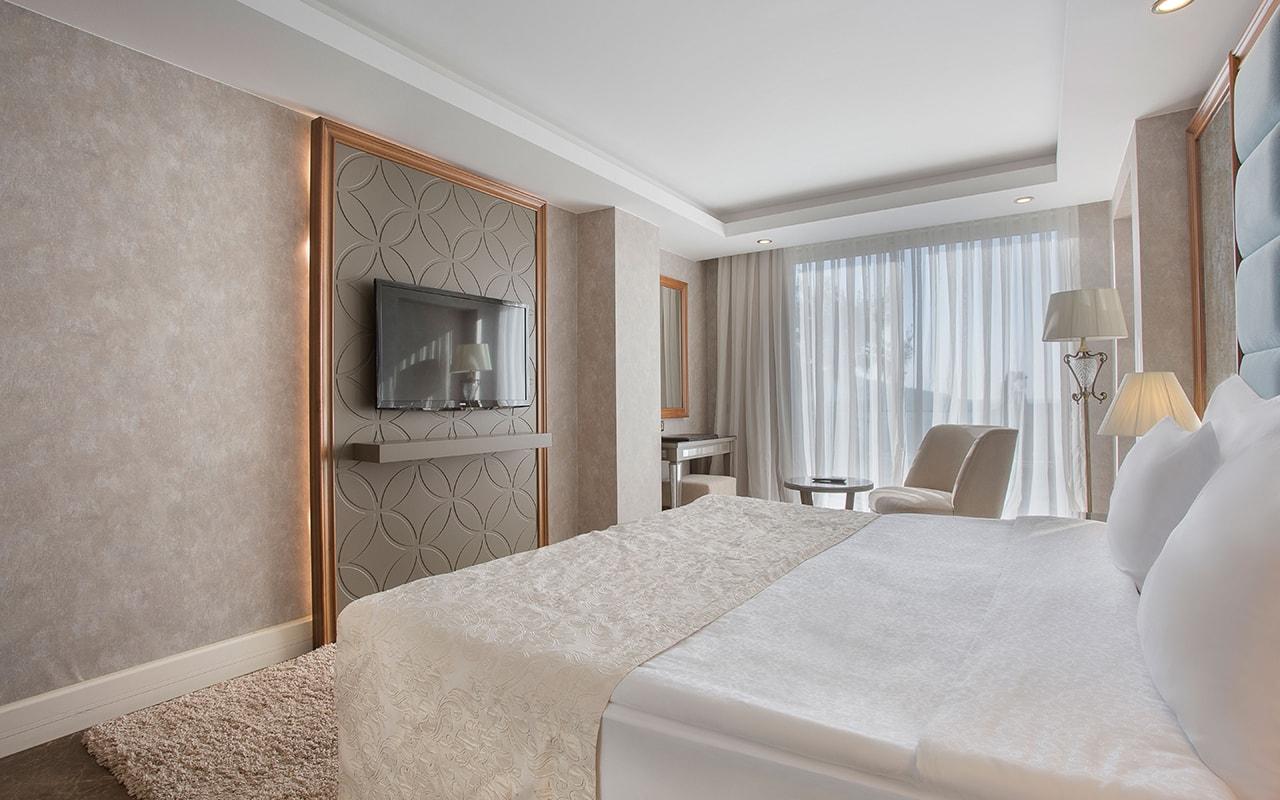 Poseidon villa Bedroom (6)-min