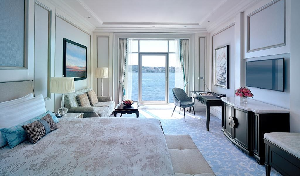 Premier Room with Bosphorus View 2-min