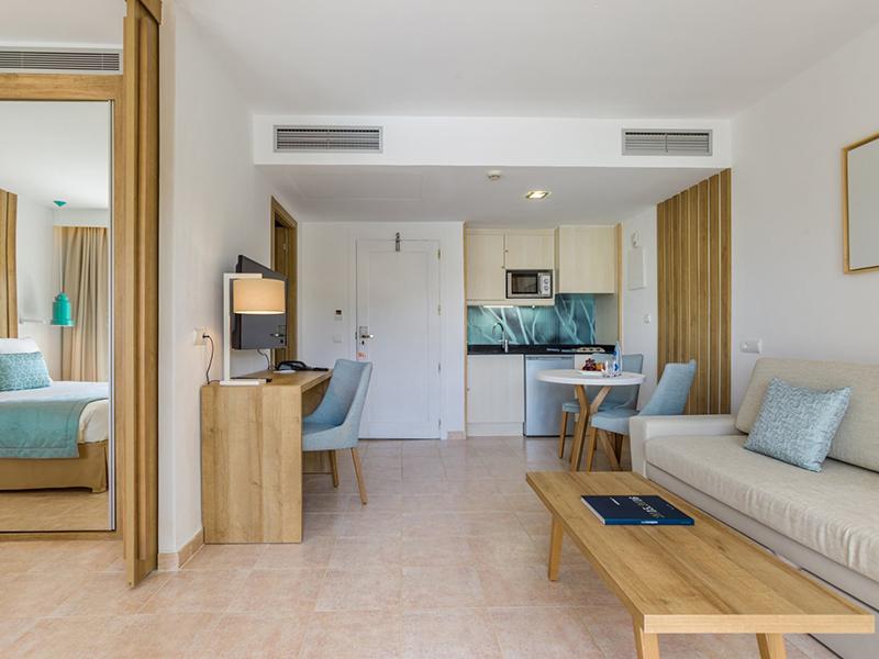 Premium Apartment5