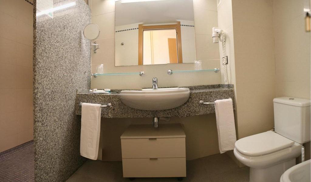 Premium Double Room4-min