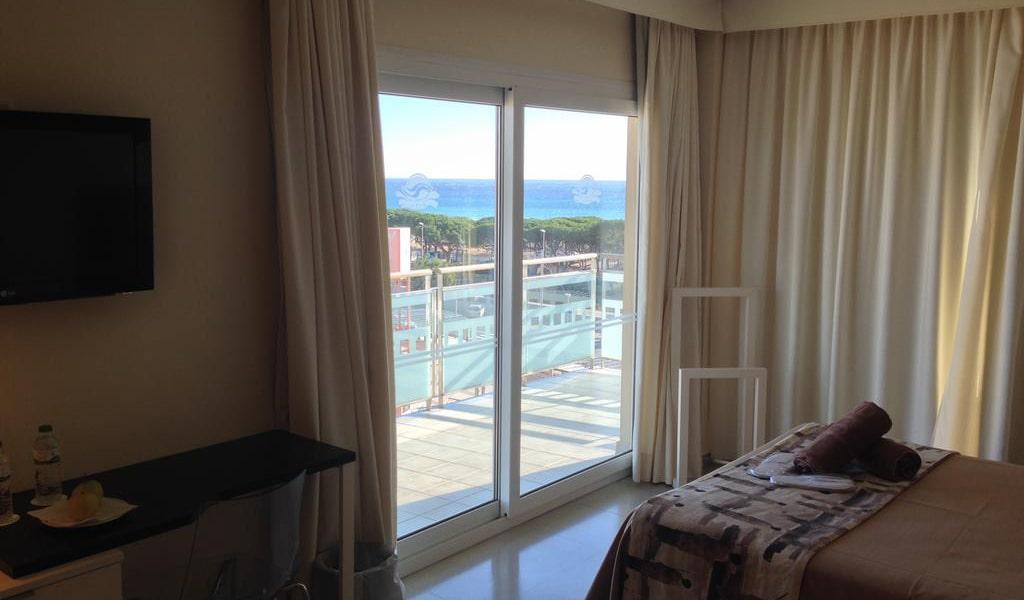 Premium Double Room5-min