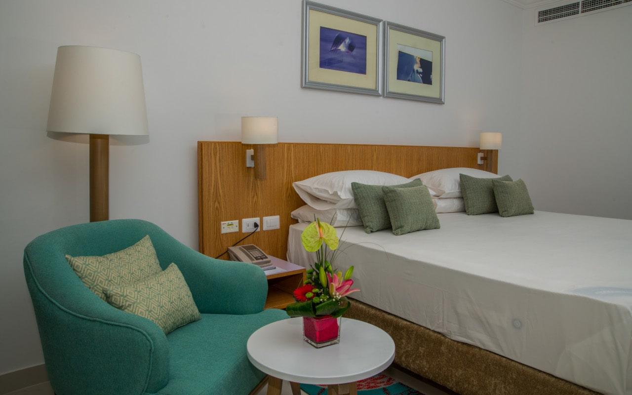 Premium Sea View Room_03-min