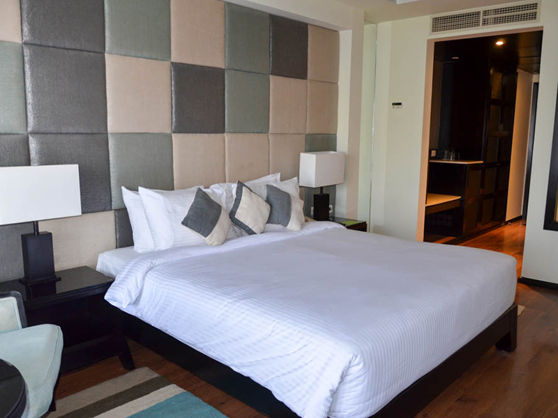 Premium Suite (3)