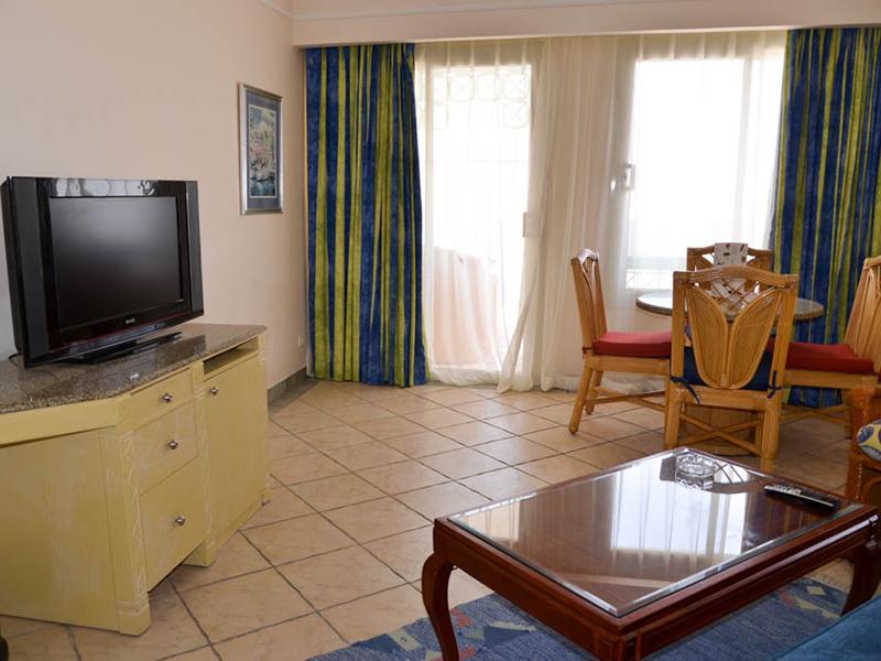 Premium Suite (8)