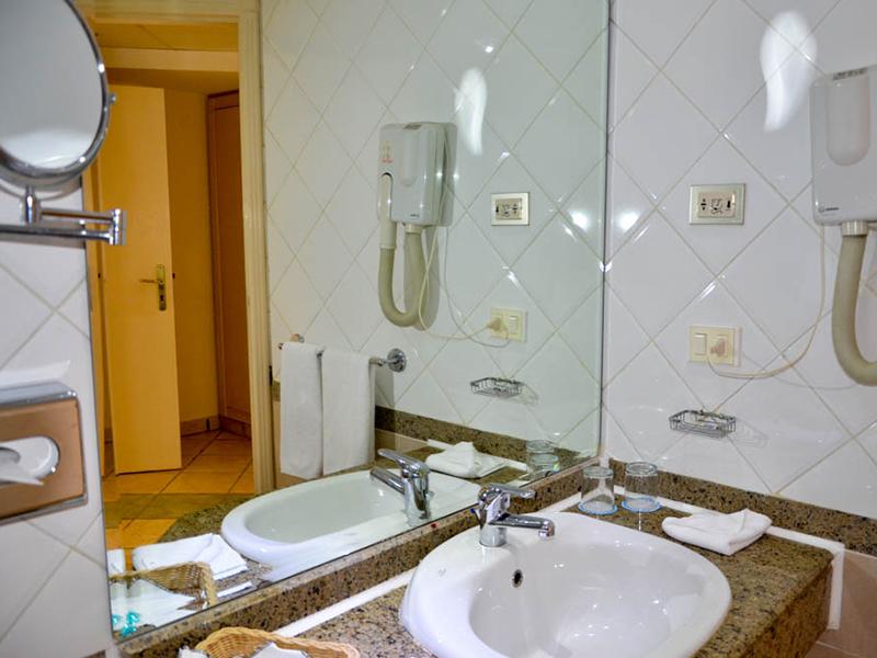 Premium Suite (9)