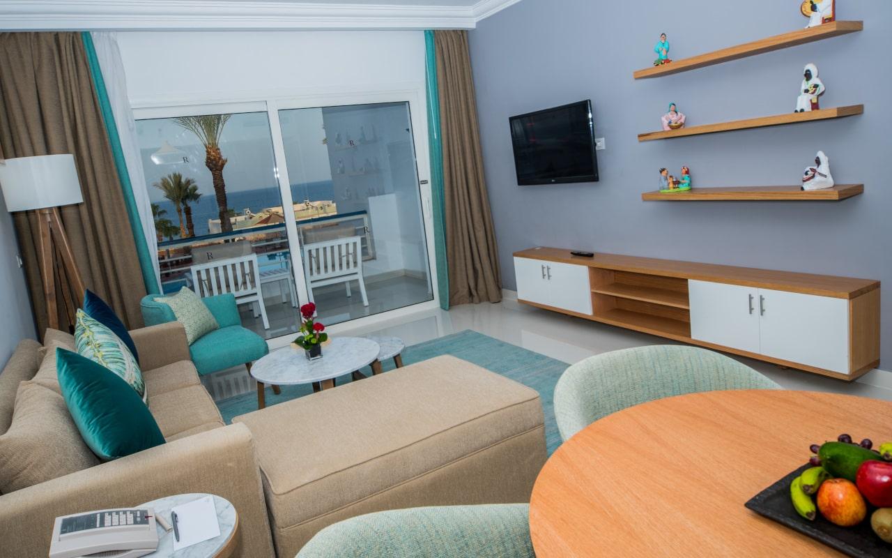 Premium Suite Sea View_05-min
